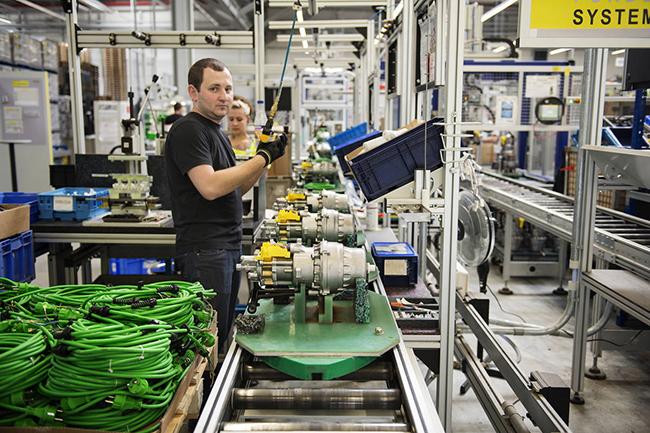 Пластик для изоляции и защиты проводов